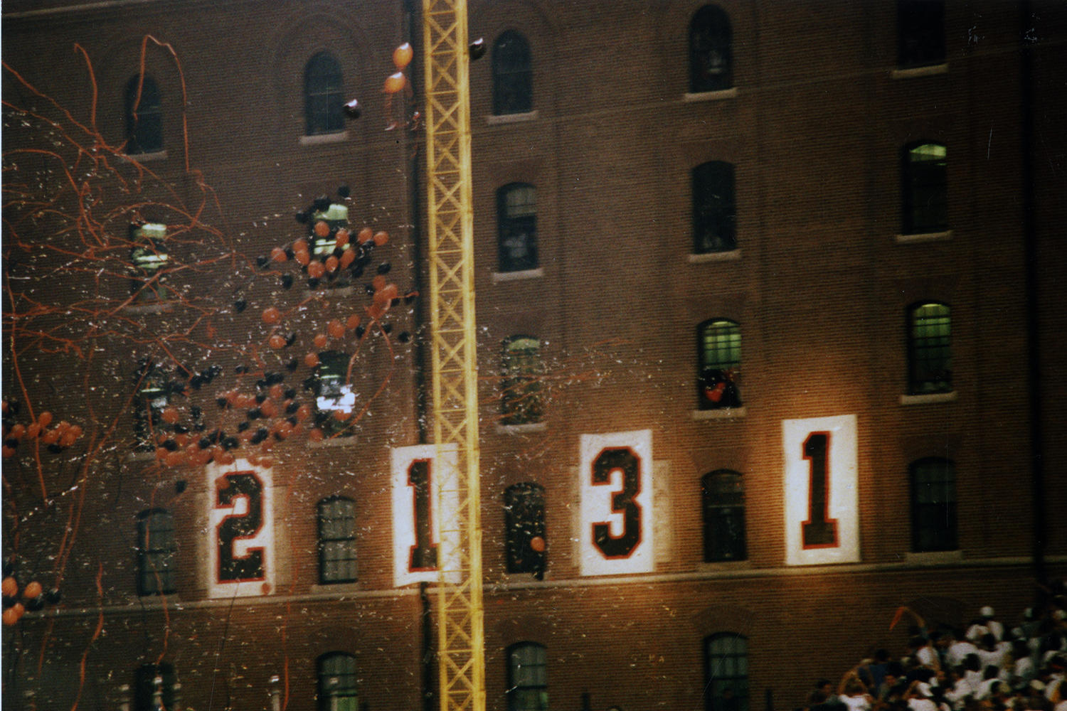 "When Cal Ripken officially broke Lou Gehrig's consecutive games streak, the B&O Warehouse nearby Camden Yards aptly dropped the ""0"" in ""2,130"" to show ""2,131."" (Richard Lasner/National Baseball Hall of Fame and Museum)"