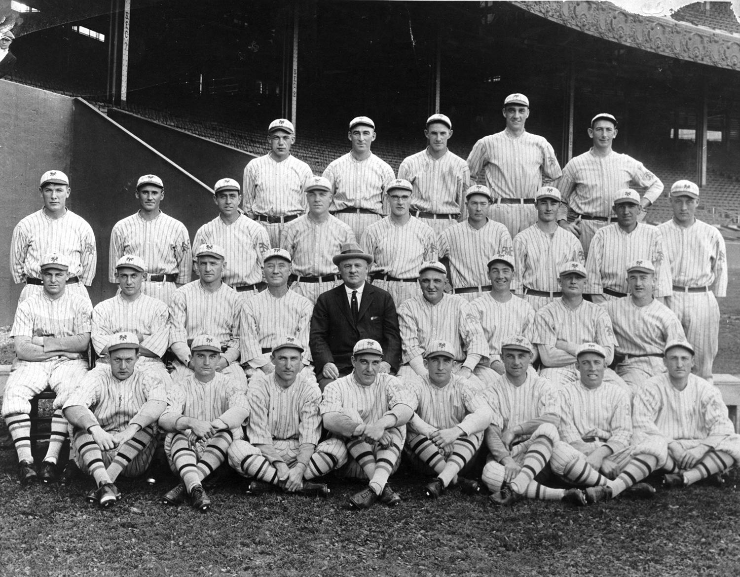 John McGraw's New York Giants, pictured above in 1922, won back-to-back World Series championships in 1921 and 1922. (National Baseball Hall of Fame and Museum)