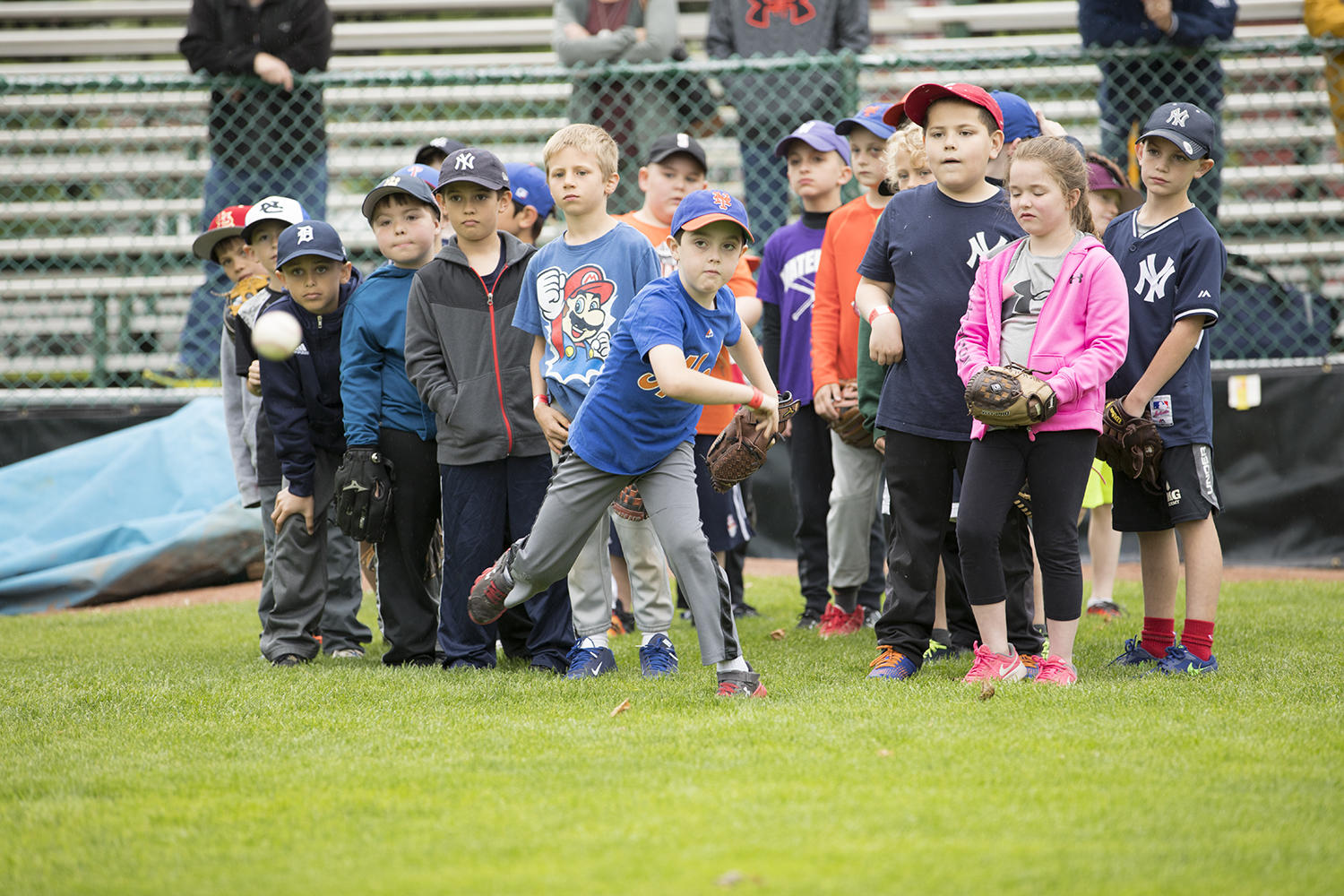 Young fans go through a throwing drill during the 2017 Cooperstown Classic Clinic. (Milo Stewart Jr./National Baseball Hall of Fame and Museum)