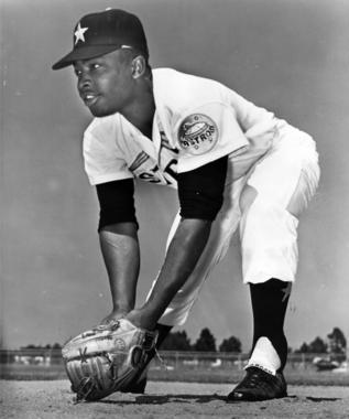 Joe Morgan of the Astros fielding at second base. BL-5562.71 (National Baseball Hall of Fame Library)