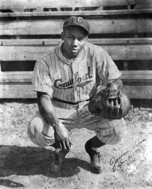 Josh Gibson, Pittsburgh Crawfords, where he played from 1932 to 1936 - BL-1976-72 (National Baseball Hall of Fame Library)