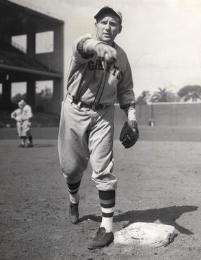 Posed action of Fred Lindstrom as New York Giant - BL-2720-68 (National Baseball Hall of Fame Library)