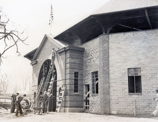 The outside of Doubleday Field during Hall of Fame Weekend in 1939. (National Baseball Hall of Fame and Museum)
