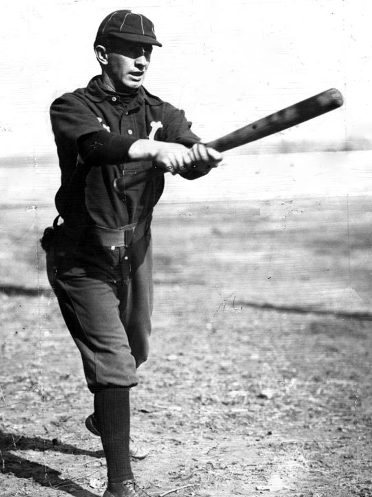"""Arguably the best place-hitter of his era, Luke Appling was often linked to fellow Hall of Famer Willie Keeler (pictured above), who could """"hit 'em where they ain't."""" (National Baseball Hall of Fame and Museum)"""