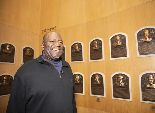 Class of 2019 Hall of Famer Lee Smith toured the Plaque Gallery as part of his Orientation Visit. (Milo Stewart Jr./National Baseball Hall of Fame and Museum)
