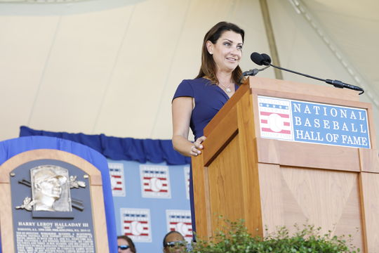 Brandy Halladay delivers a speech on behalf of her husband, Roy Halladay, during the 2019 Hall of Fame <em>Induction Ceremony.</em> (Milo Stewart Jr./National Baseball Hall of Fame and Museum)